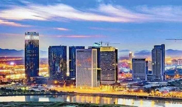 中国百亿级经济总量的县级市_经济发展图片